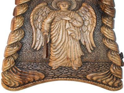 Святой Архангел Михаил. Выполнен из дерева ручная работа
