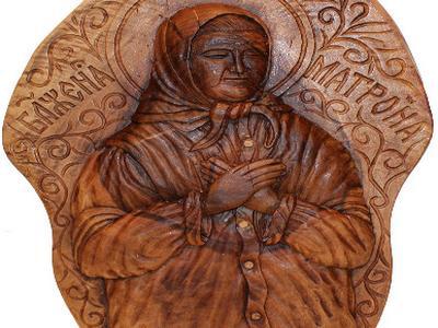 Икона Святая Матрона ручной работы из дерева