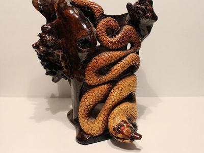 Ваза-Абстракция змея из дерева