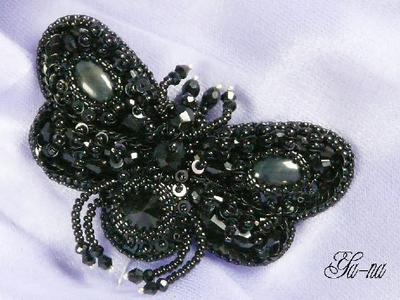 Бабочка из бисера ручной работы