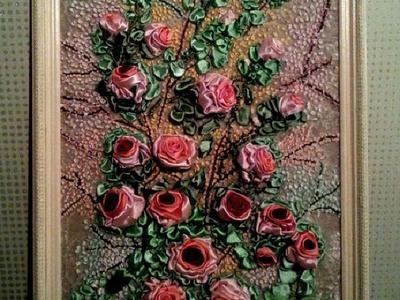 Картина вышитая лентами в ручную на деревянной раме