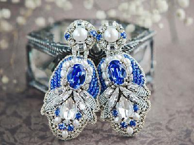 Серги из кристаллов Сваровски с речным жемчугом
