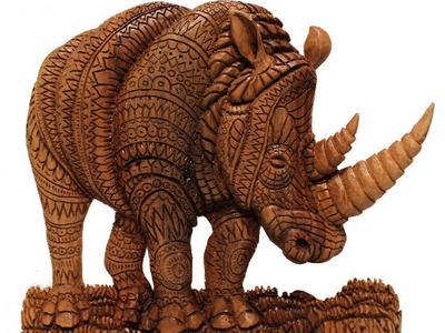 Деревянный Носорог из ореха. Скульптура выполенная руками мастера