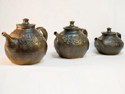 Глиняный чайник ручной работы