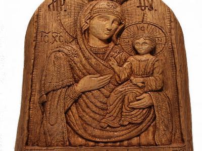 Образ Пресвятой богородицы вырезанный руками из дуба