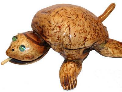 Шкатулка черепаха из березовой капы. Сувенир ручной работы из дерева
