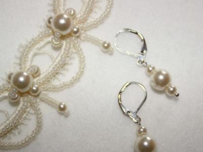 Свадебный комплект. Ожерелье  серьги. Ручная работа.